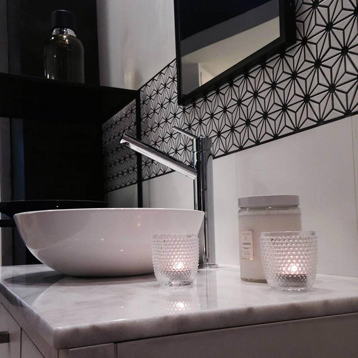guardas il vanitori ambientaci n general para ba os On guardas decorativas para baños
